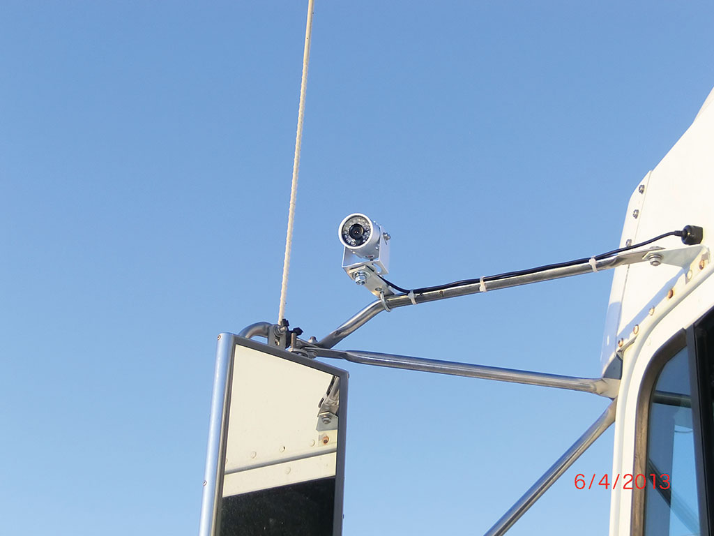 Windshield Cam's 4 Camera Professional Truck Video Security
